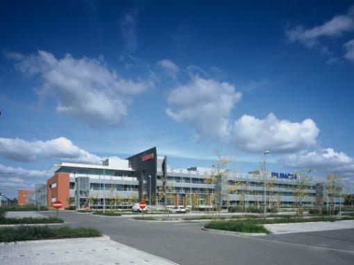 PUNCH INTERNATIONAL (XEIKON)<br><span style='color:#31495a;font-size:12px;'>Productiehal, kantoren, parking</span>