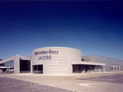 MERCEDES-BENZ JACOBS<br><span style='color:#31495a;font-size:12px;'>Bedrijfsgebouw, kantoren, interieur Jabobs Autobedrijf N.V.</span>