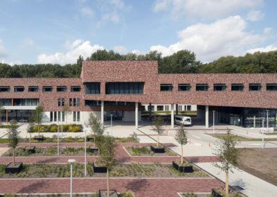HOF TER SCHELDEWoon- en Zorgcentrum, nursing flats, polykliniek, ondergrondse parking, landschap