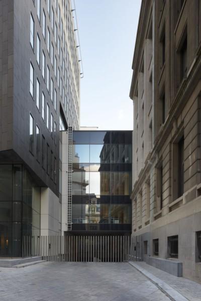 Buitenaanzicht nieuw kantoorgebouw BNP Parisbas Fortis met auditorium (fase 1), Brussel