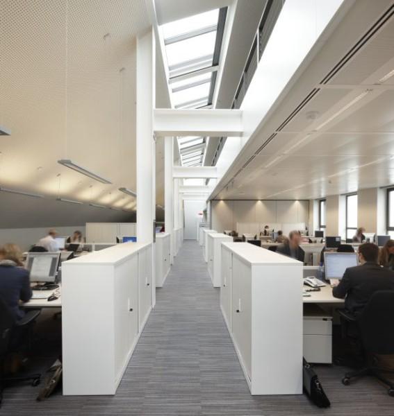 Open kantoren met veel licht voor het nieuwe kantoorgebouw BNP Parisbas Fortis met auditorium (fase 1), Brussel