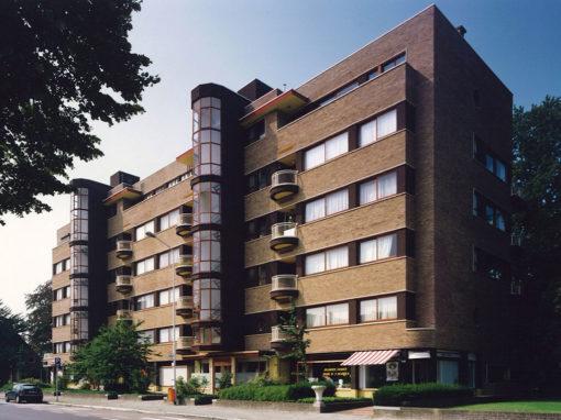 ELSDONCK<br><span style='color:#31495a;font-size:12px;'>Residentiëel appartementencomplex</span>