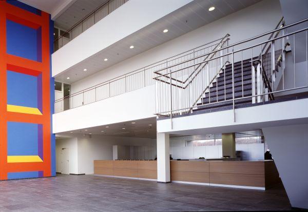 Inkom gebouw Barc-Cri met kantoren, laboratoria, medische opslagruimten en logistiek, Zwijnaarde
