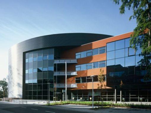 PUBLIC TRANSPORT COMPANY DE LIJN<br><span style='color:#31495a;font-size:12px;'>Office building & car park </span>