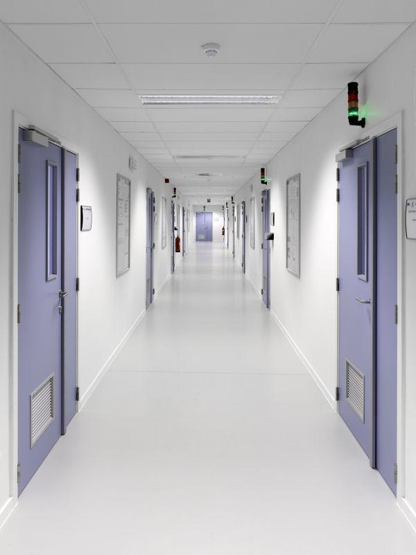 Labo's Industriële Scheikunde, kantoren, labo's en leslokalen voor de Universiteit van Gent