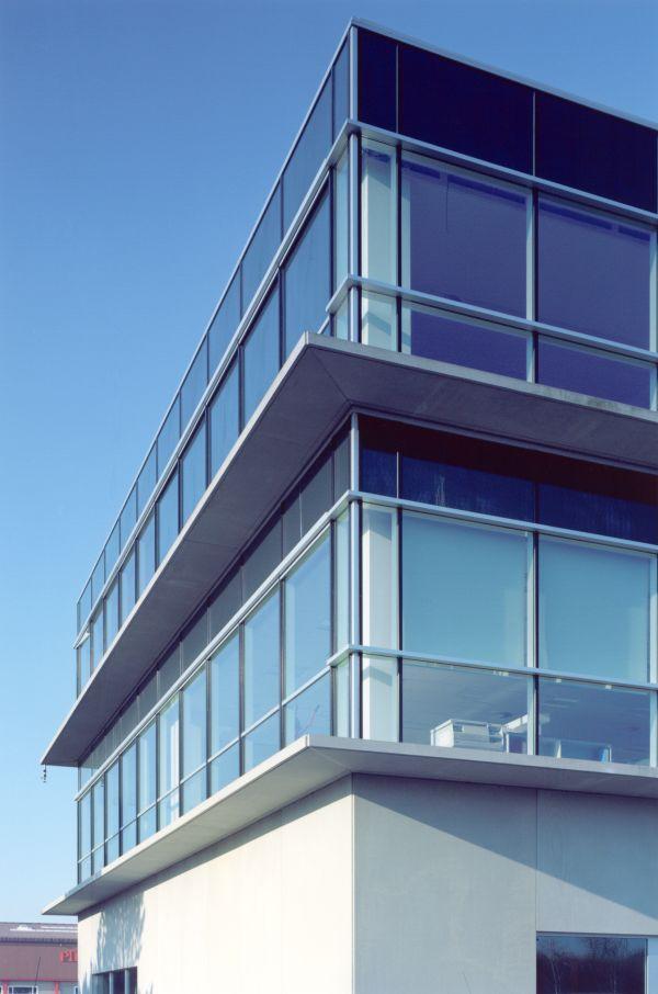 Gebouw Barc-Cri met kantoren, laboratoria, medische opslagruimten en logistiek, Zwijnaarde